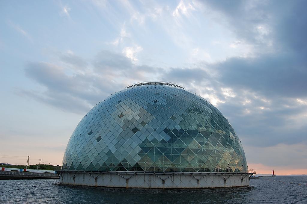 المتحف البحري أوساكا، اليابان