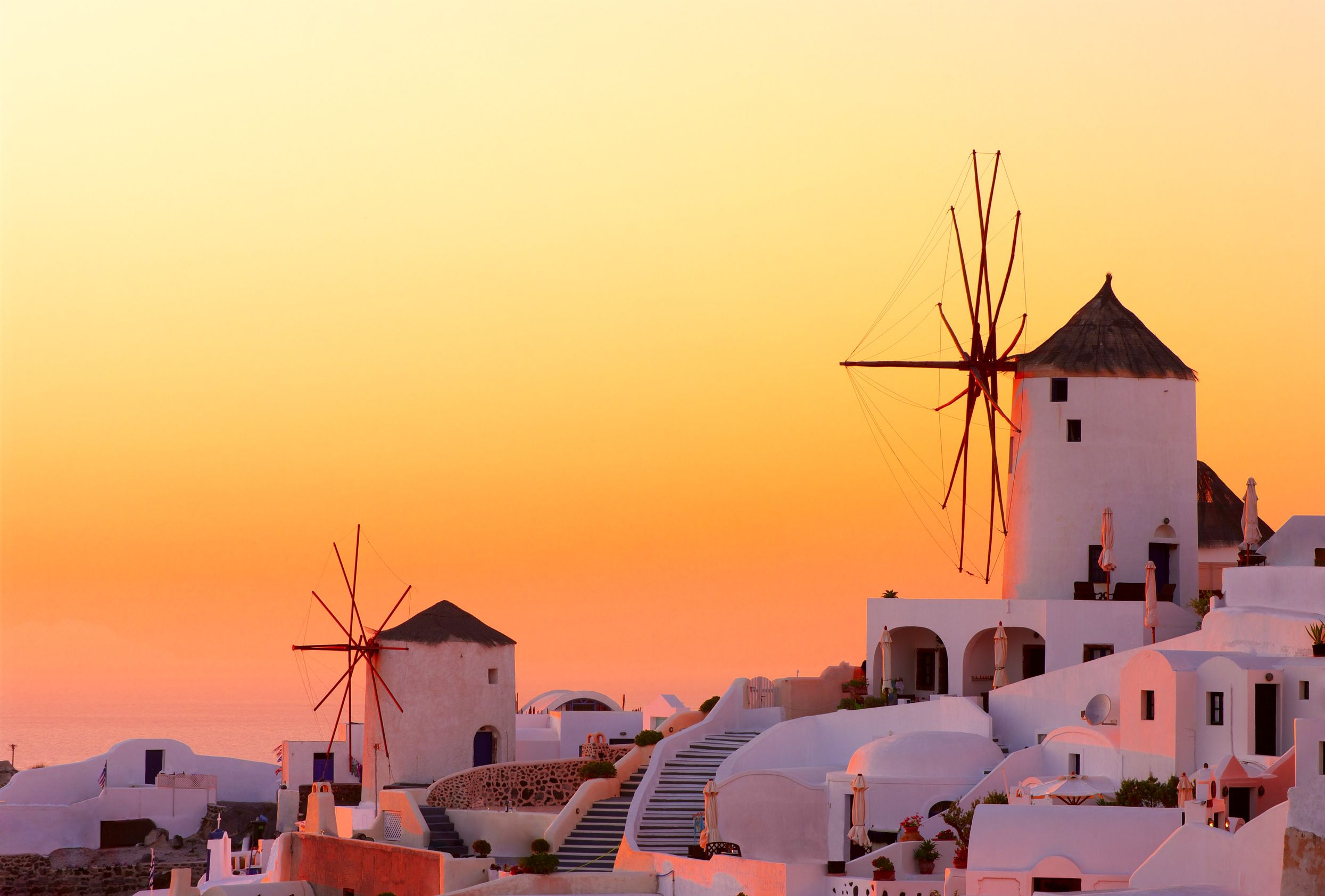 جزيرة سانتوريني اليونان