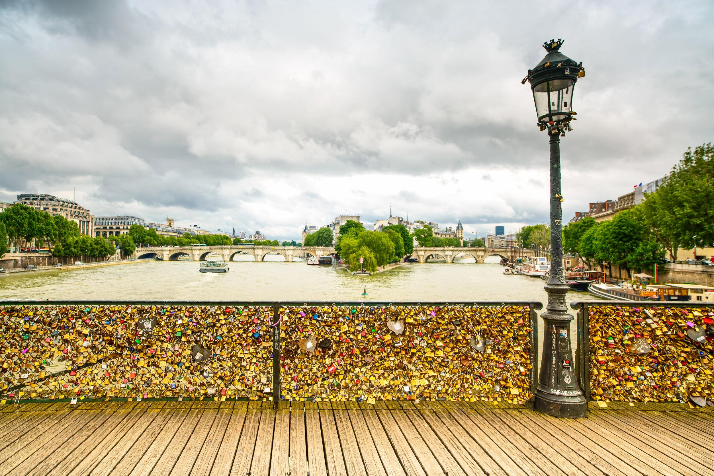 Pont des art paris