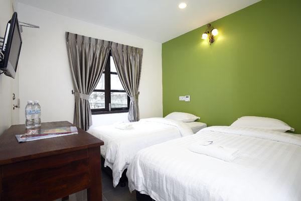 http://hotelpalomainn.com.my/