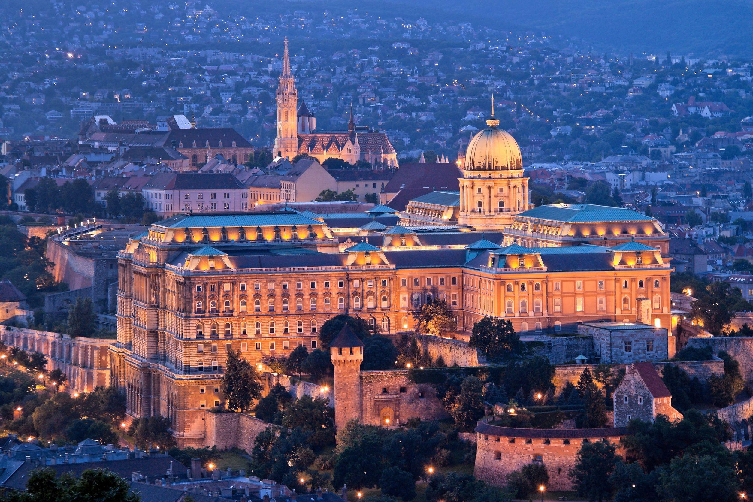 قلعة بودا بودابست المجر