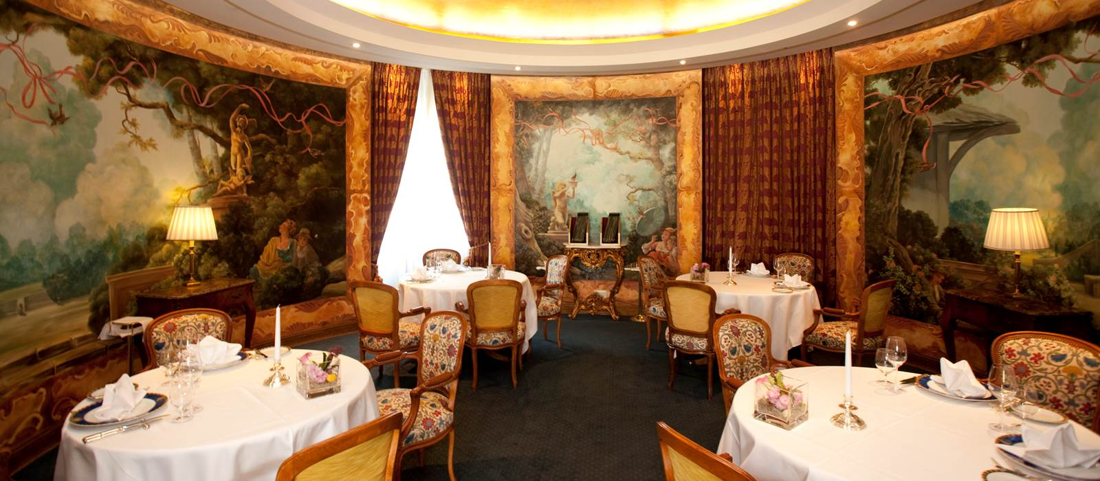 http://www.grandhotelwien.com/dine-with-us/le-ciel-by-toni-moerwald/
