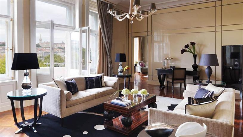 فندق فور سيزونز قصر جريشام بودابست