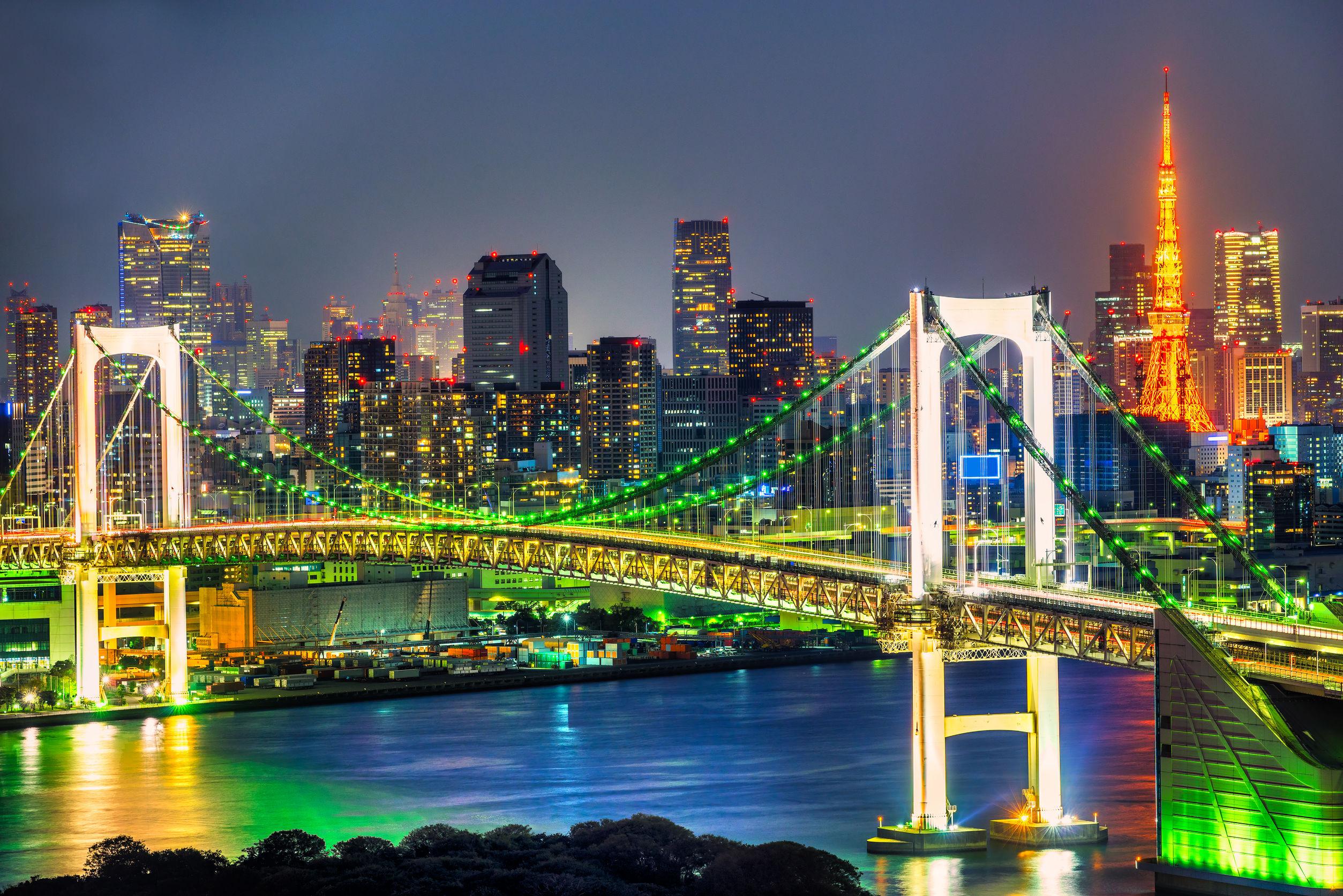 طوكيو اليابان جسر قوس قزح