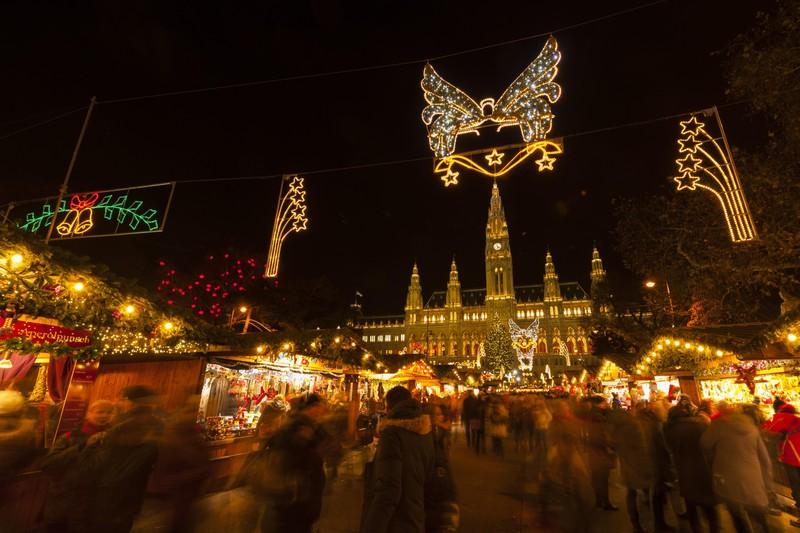https://www.wien.info/fr/shopping-wining-dining/markets/christmas-markets