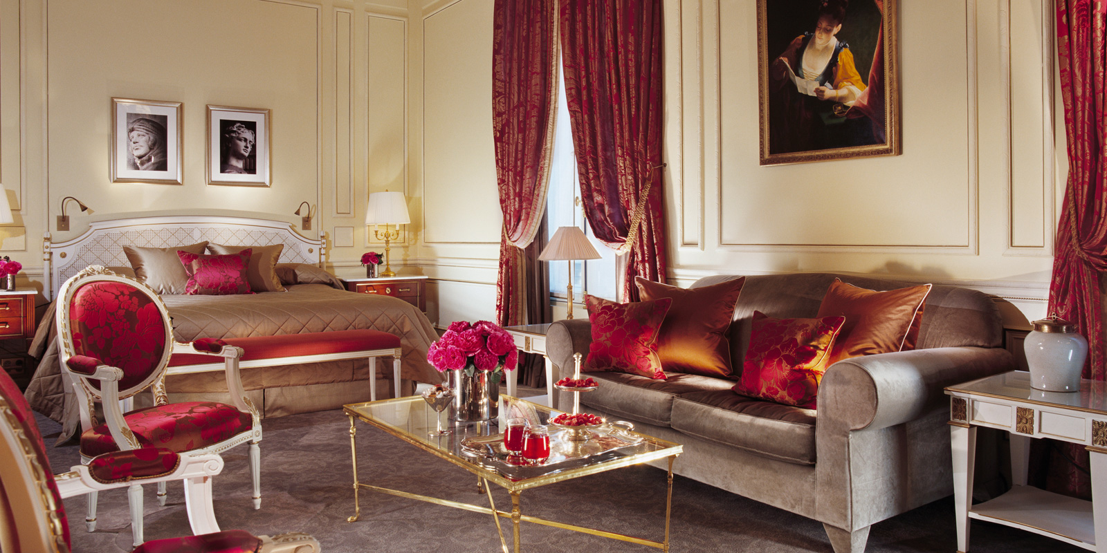 http://www.dorchestercollection.com/fr/paris/le-meurice-hotel