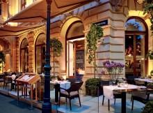 http://www.ritzcarlton.com/en/Properties/Vienna/Dining/Dstrikt-Steakhouse/Default.htm#