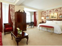 http://www.westinpalacemadrid.com/es/gallery/habitacion-suite-real